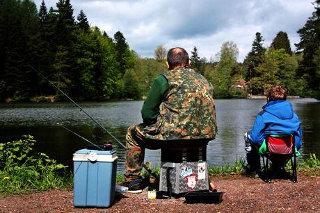 Angelmöglichkeit für Sportfischer. (Foto: birgitH / pixelio.de)