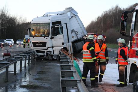 LKW-Unfall-A45-Freudenberg