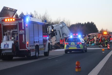 LKW-Unfall-A45-Freudenberg2