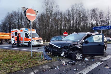 2016-02-24_Wilnsdorf_L722_VUP_2 Verletzte_Abzweig zur A45_Foto_Hercher_03