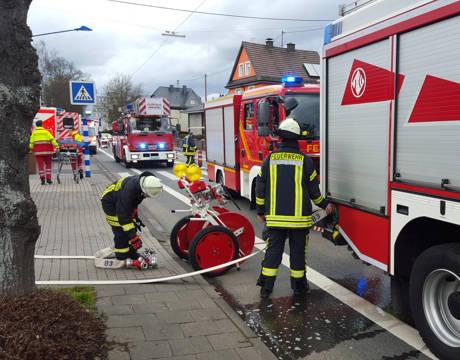 2016-03-27_Kreuztal-Buschhütten_Essen auf Herd_Foto_Feuerwehr_02
