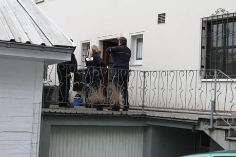 2016-03-30_Ferndorf_Jugendliche tritt Tür ein_Fotos_wirSiegen_4