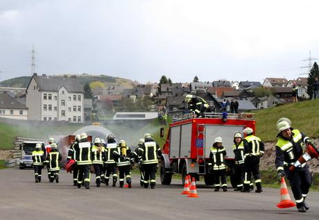 Übung-Feuerwehr-DRK-Niederschelden5