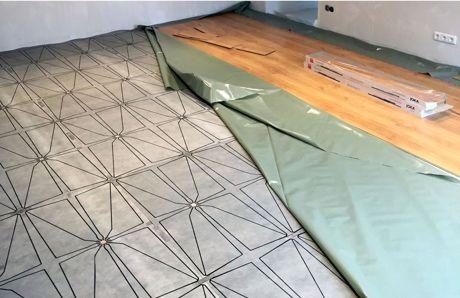 Dieser Boden erkennt Stürze. Foto: Uni Siegen