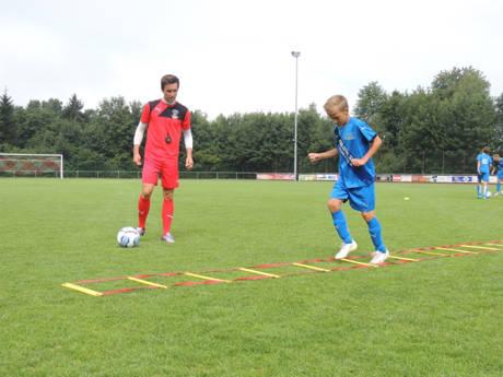 Käner Fußballcamp mit professionellen Trainern. (Foto: Verein)