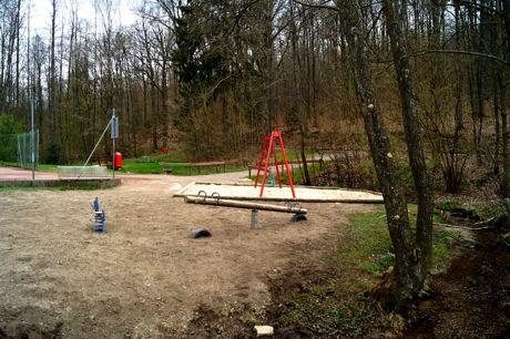 2016-04-13_Hoggeweiher_Spielplatz_Kreuztal_Ernsdorf (2)
