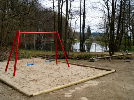 2016-04-13_Hoggeweiher_Spielplatz_Kreuztal_Ernsdorf (5)