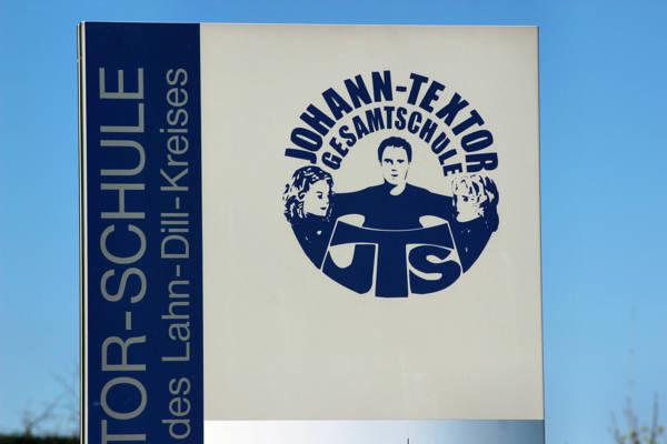 2016-04-20_Haiger_Bombenalarm_Fehlalarm_Johann.Textor-Schule_Foto_Hercher_03