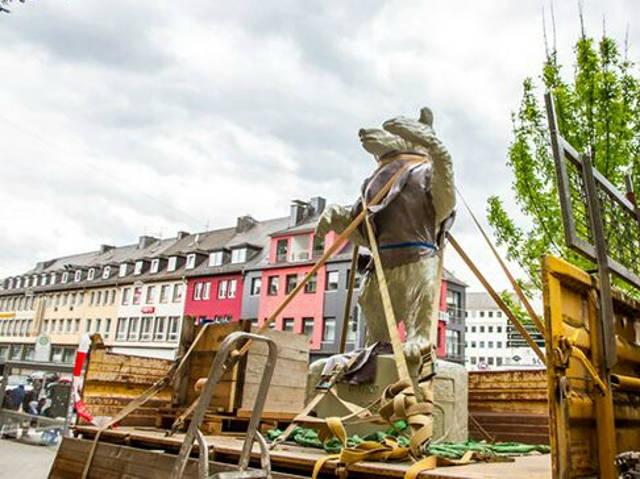 016-05-17_Siegen_Vorbereitung Berliner Bär_Foto_bons_03