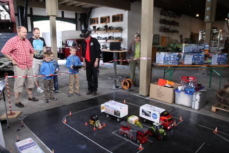 2016-05-03_Freudenberg_Modell-Truck-Freunde Siegtal zu Gast im Technikmuseum_Foto_Verein_03