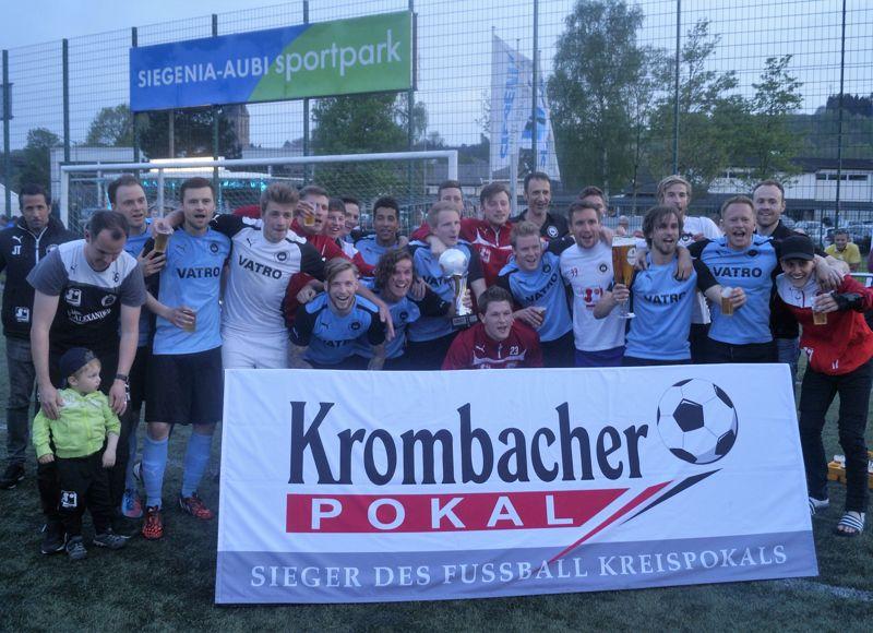 Der 1. FC Kaan-Marienborn ist der Sieger des Krombacher Kreispokals 2016. Fotos (4): Jürgen Kirsch