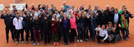 Die Teilnehmer des 5. Kindelsberg-Pfingstcups stellten sich zu einem Gruppenbild auf. Fotos (4): Verein