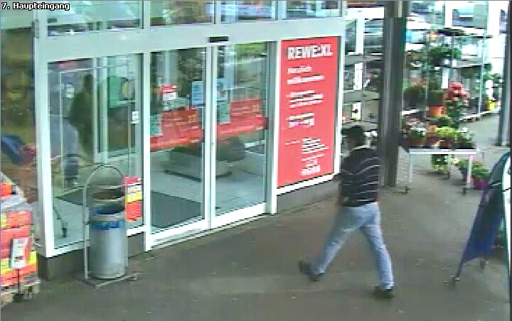 2016-05-20_Kreuztal-Kredenbach_Südländer nach bewaffnetem Raub auf Supermarkt gesucht_Foto_Polizei_02