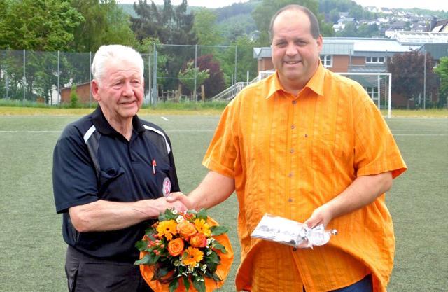 Nach 30 Jahren ist Schluss - Hans-Heinrich Freund verabschiedet. (Foto: Bastian Otto)