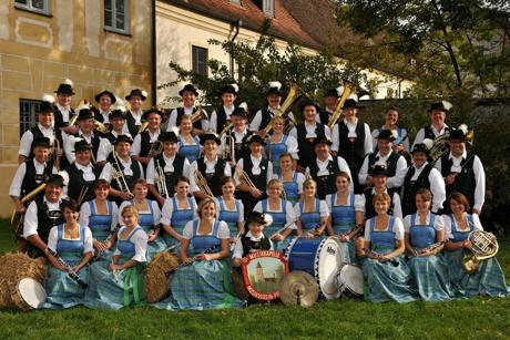 Besuch von der Musikkapelle Polling aus Bayern erhält am 18. und 19. Juni der Spielmannszug der Freiwilligen Feuerwehr Wahlbach. (Foto: Kapelle)