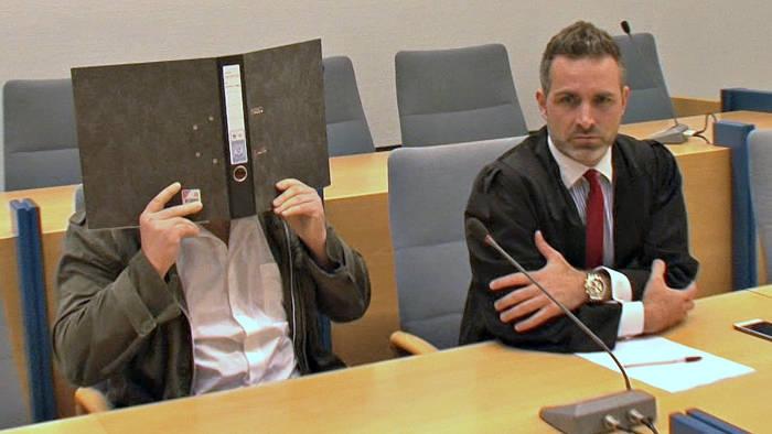 Der Angeklagte mit seinem Rechtsanwalt Carsten Marx - Fachanwalt für Strafrecht