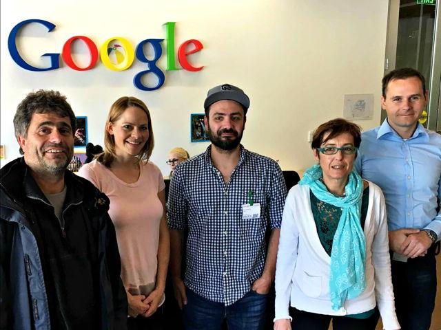 Besuch bei Google (von links): Prof. Dr. Volker Wulf (Universität Siegen), Tara Matthews (Google), Konstantin Aal (Universität Siegen), Antonella De Angeli (University of Trento) und Borislav Tadic (Universität Siegen). (Foto: Uni)
