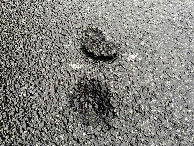 neumáticos y eléctricos fundidos defekt_Foto_Hercher_07 - 2016-06-25_Wilnsdorf_A45_Blitzeinschlag próxima camión