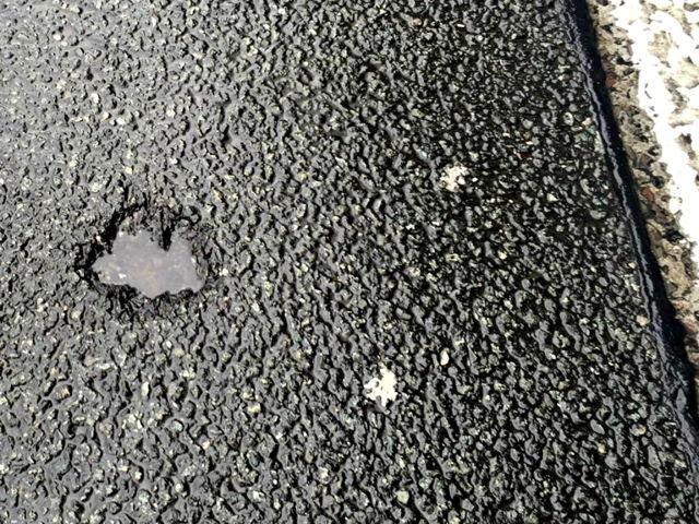 2016-06-25_Wilnsdorf_A45_Blitzeinschlag próxima camión - neumáticos derretidos y defekt_Foto_Hercher_08 Eléctrico