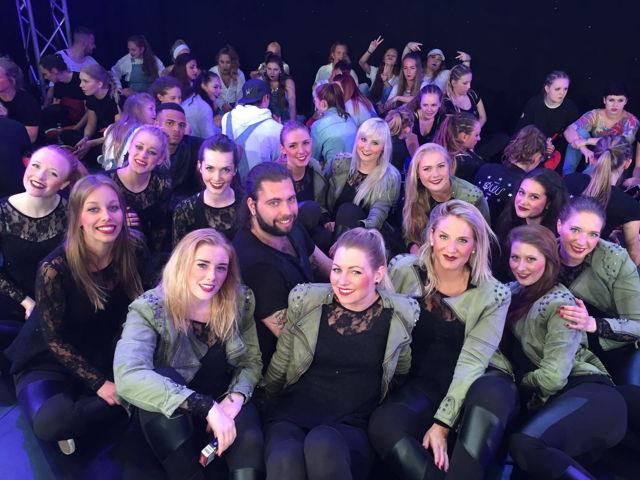 Mit dem achten Platz sicherte sich das Siegener Team Synergy vom Tanzzentrum Agne-Prescher die Tickets zum Deutschland Cup im Video-Clip-Dancing.