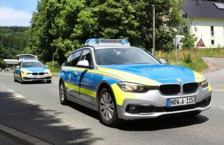2016-07-19_Siegen_Polizeiwagen_Streifenwagen_Polizei_Archiv_(c)_Mg (1)