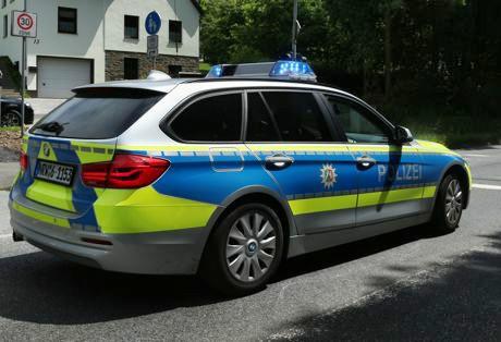 2016-07-19_Siegen_Polizeiwagen_Streifenwagen_Polizei_Archiv_(c)_Mg (5)
