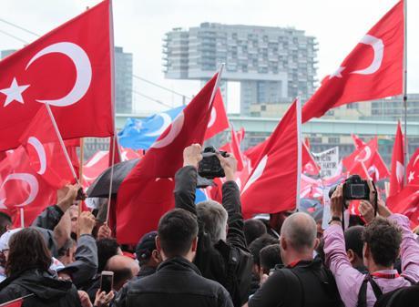 Erdogan-Demo-Köln-31-07-2016-Deutzer-Werft (49)