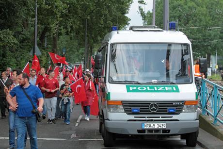 Erdogan-Demo-Köln-31-07-2016-Deutzer-Werft (93)