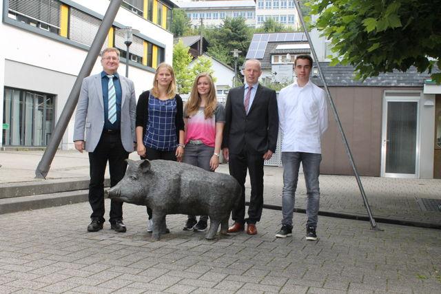 Neue Auszubildende bei der Stadt Netphen. (Foto: Stadt)
