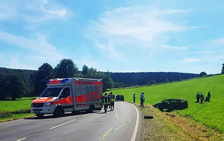 2016-08-07_Wenden_Brün_Vu_6_Verletzte_Twingo_Gegenverkehr_(c)_Mg (2)
