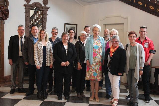 Prinzessin Benedikte empfängt Dänisch-Dozentin Mai-Britt von der Wippel. (Foto: Kreis)