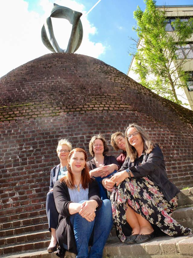 Das Gleichstellungs-Team. Von links oben nach rechts unten: Sigrid Hübner, Dr. Elisabeth Heinrich, Lea Henseler, Prof. Dr. Mirjam Zimmermann, Kathrin Wagner.