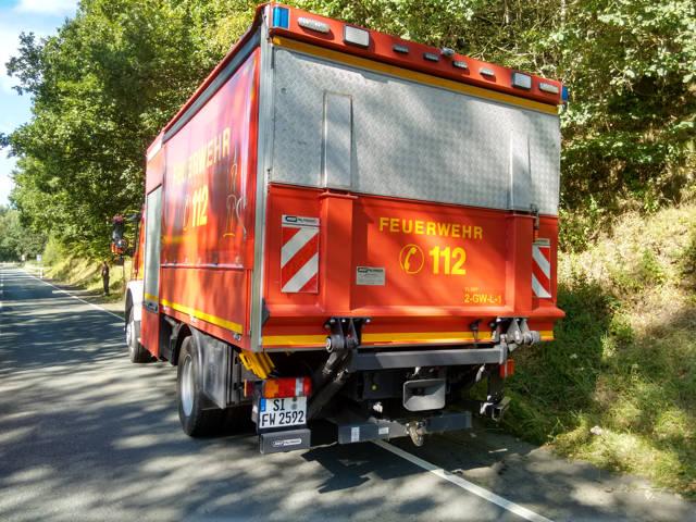 2016-08-26_Netphen_B62_VUP_Motorrad auf Feuerwehrwagen gefahren_Foto_Hercher_03