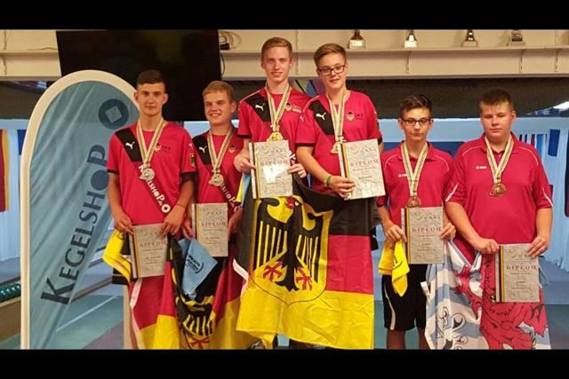 2016-08-27_Siegen_Siegerehrung_WM_Eupen_Tandem_männl_U18