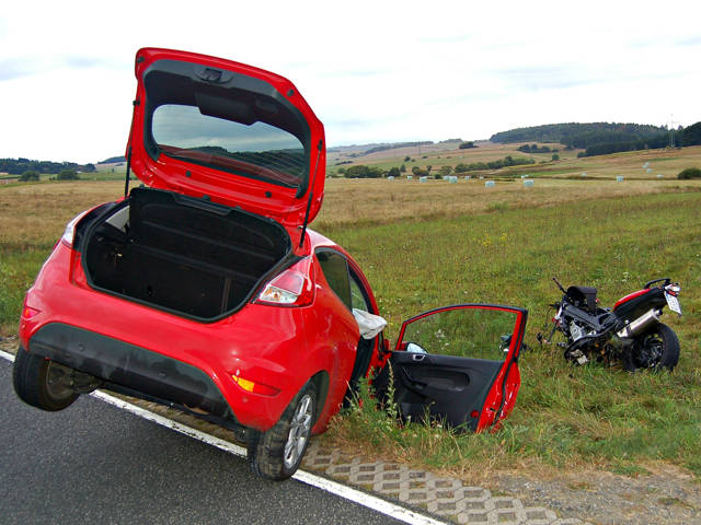 2016-08-29_Hohenahr-Großaltenstädten_Motorradfahrer stirbt nach Zusammenstoß mit Pkw_Foto_Fritsch_02