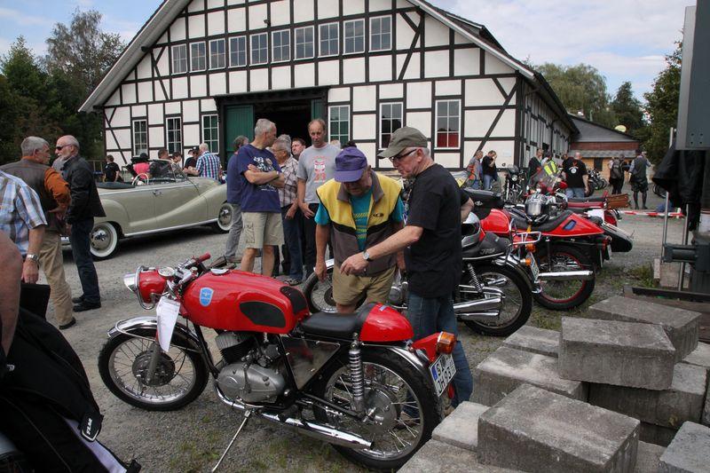 2016-09-06_Freudenberg_Museum_Oldtimer_Motorrad_Treffen (2)